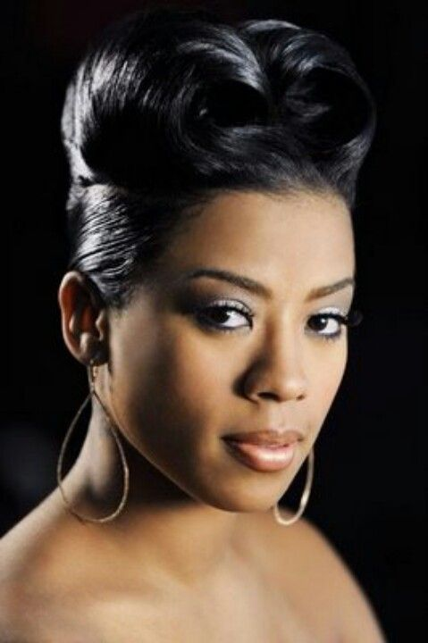 Keyshia Cole With A French Roll Hairstyle Celebrities Hairstyles I