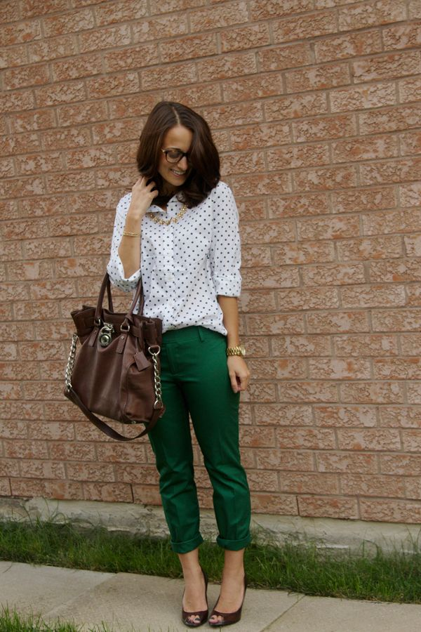 polka dots + green pants- like color scheme and reallllllly like the bag. green capris would look good with blue chiffon shirt with orange pooka dots!