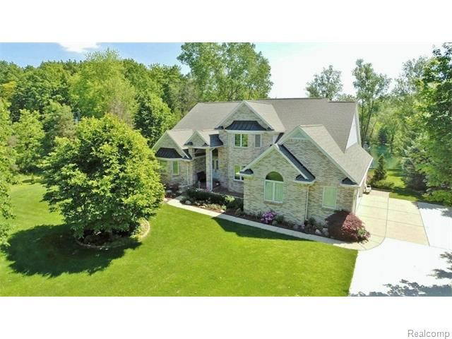 55960 Mound Road Shelby Twp Mi 48316 Photo 2 House Styles
