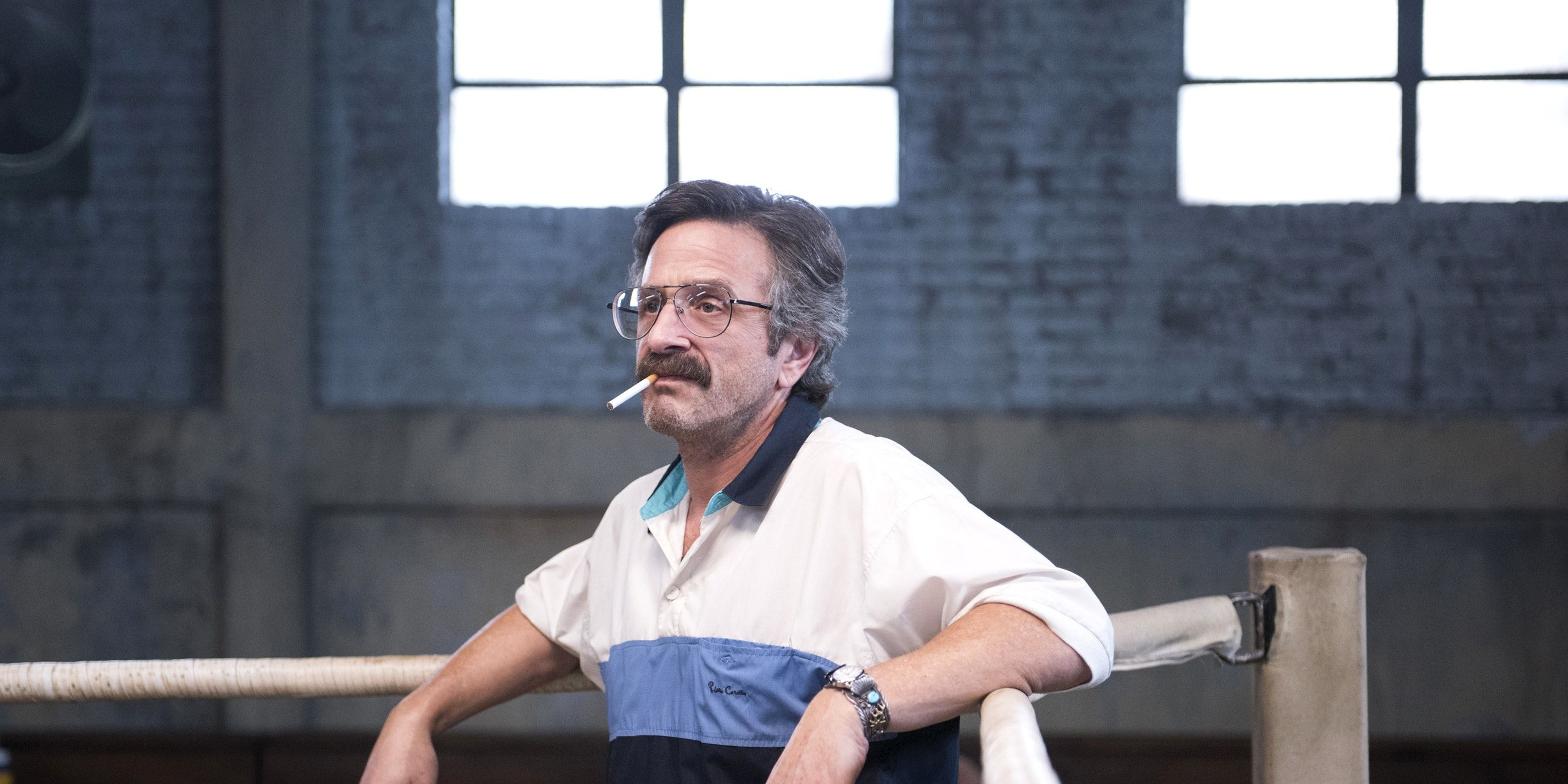 In Netflix S Glow Marc Maron Looks Exactly Like Stan Lee In The