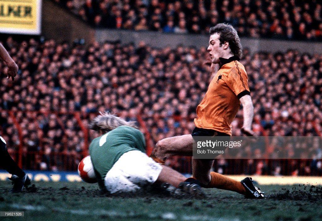 Football 9th February 1980 Wolverhampton Wanderers v