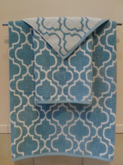 Nicole Miller Home Bath Towels Sky Blue White Quatrefoil 3 Piece