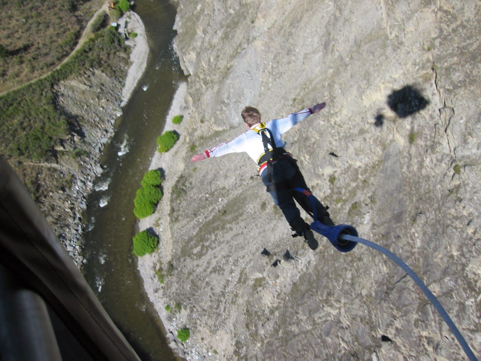 Bungeejumping In India Bungee Jumping Is An Activity For Thrills Seekers And Involves Jumping From A Tall Structure While Bungee Jumping New Zealand Nevis