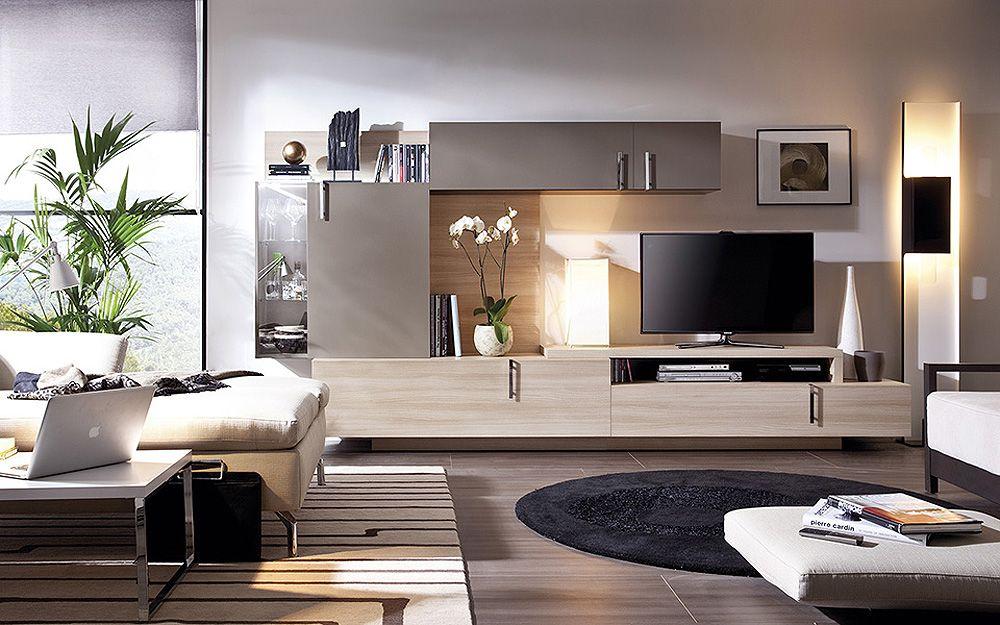 Sal n moderno en tonos marrones aporta calidez al hogar for Muebles elegantes