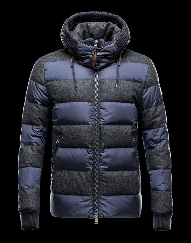 moncler mens pyrenees hooded puffer jacket