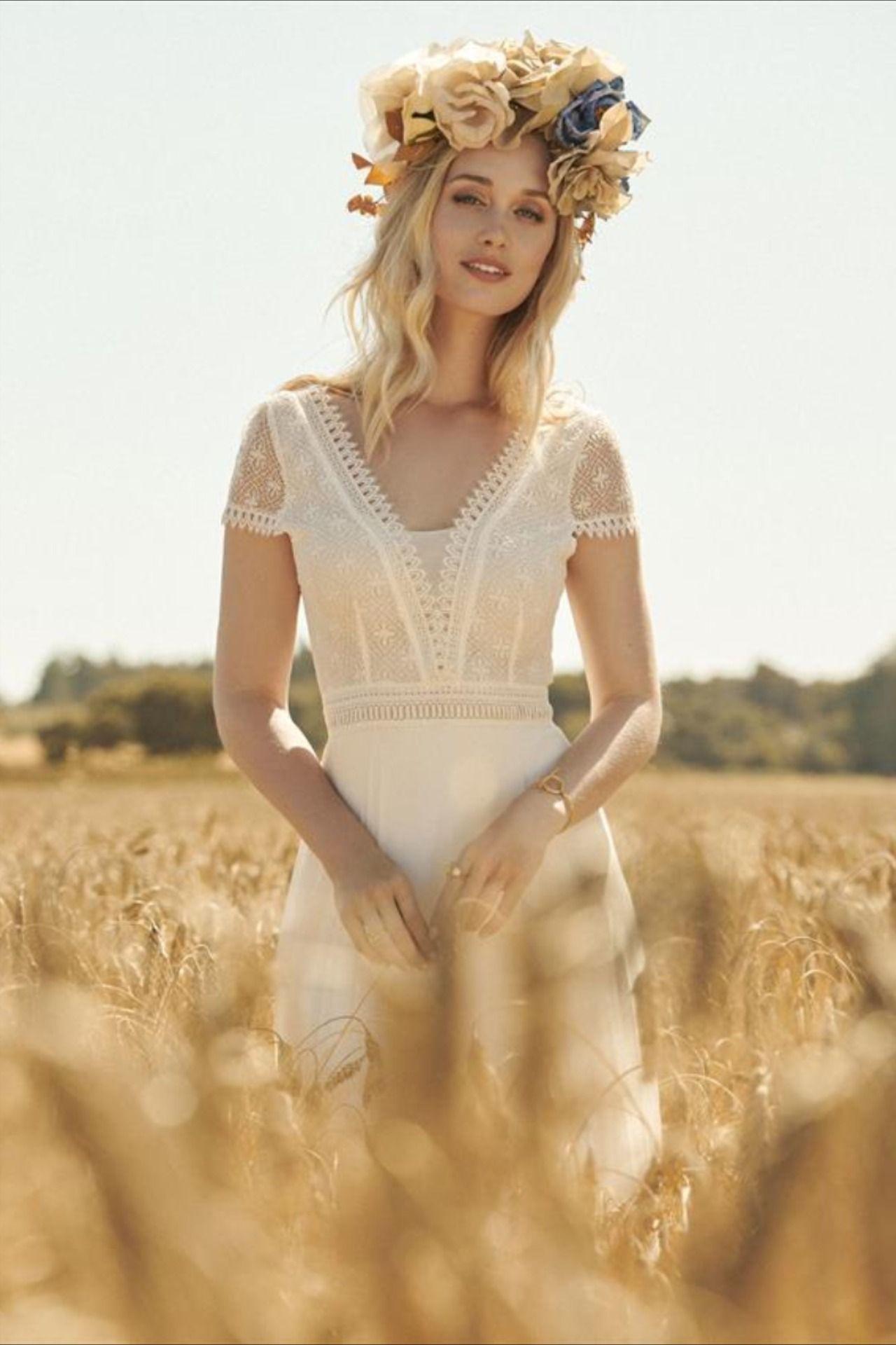 Das Modell Astride der Brautmodenmarke Rembo Styling ist ein