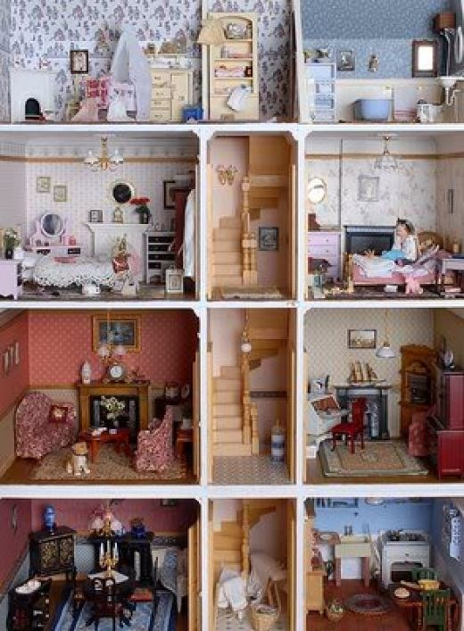 Vintage Dollhouses For Collectors. Dollhouse ...