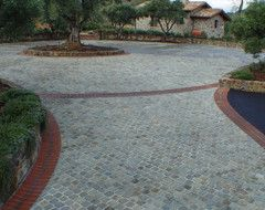 See How To Design A Front Yard That Makes Your Driveway Its Own Destination