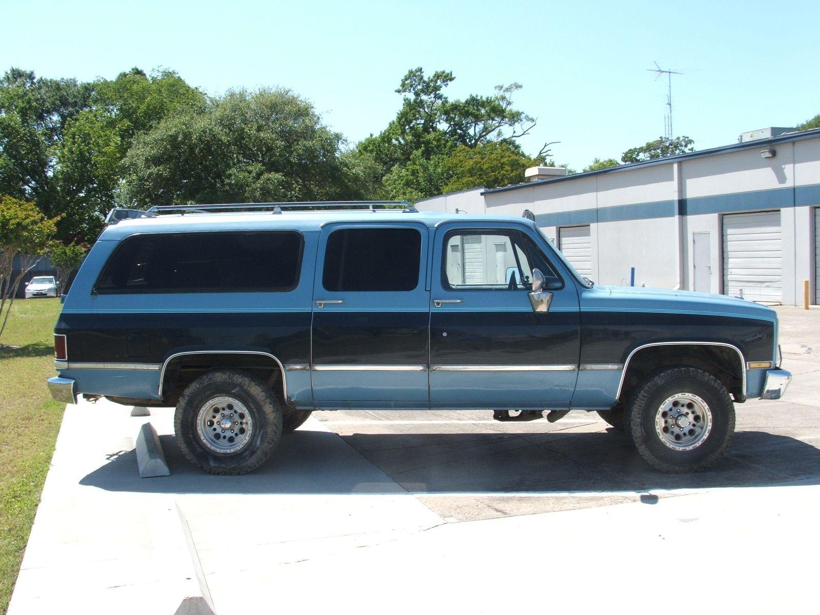 Chevrolet suburban 1987 chevrolet suburban picture exterior