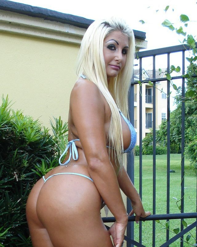 Big Titis Round Ass 6