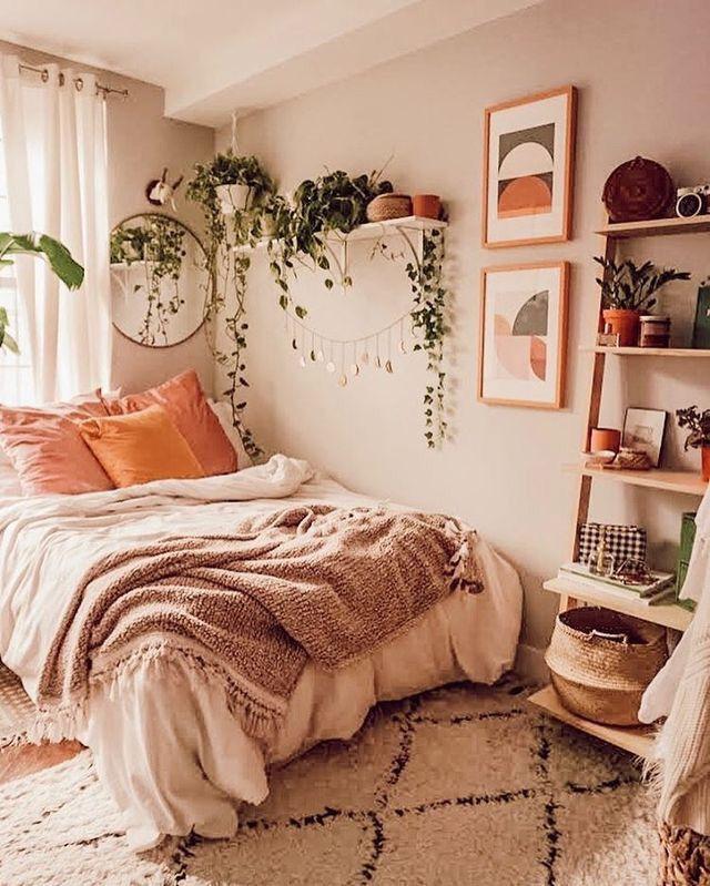 Bohemian And Clean Bedroom College Bedroom Decor College Dorm Room Decor Beautiful Bedroom Designs