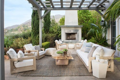 16 Inviting Backyard Patios For Relaxing Summer Nights - Patio Furniture - Ideas of Patio Furniture #PatioFurniture - 16 Inviting Backyard Patios For Relaxing Summer Nights Check out these inspiring backyards where you can chill in the great outdoors and spend quality family time taking in those warm summer breezes. | heartenedhome.com #outdoorrugs