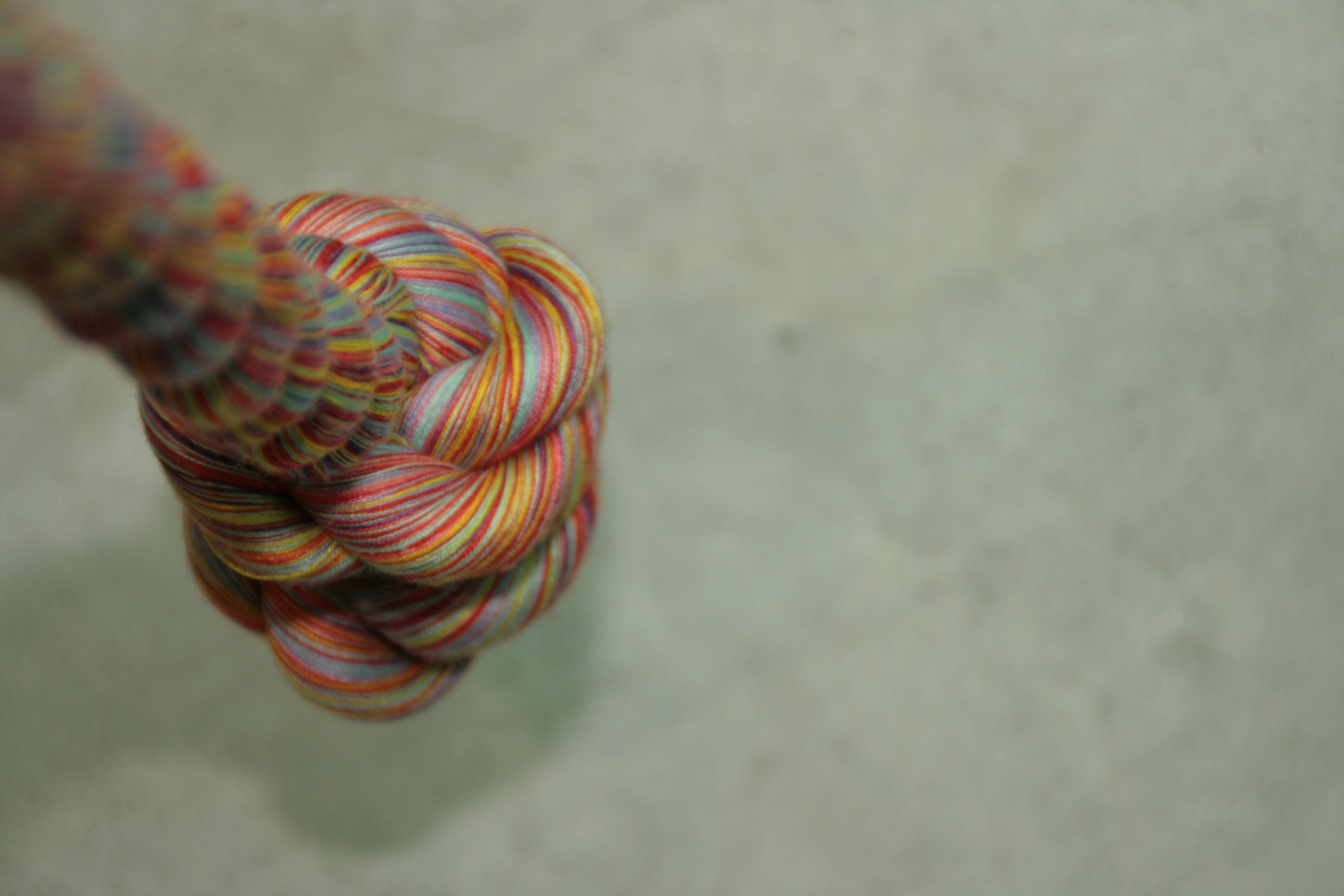 Touw, gemaakt op de afdeling passement, TextielLab, Textielmuseum. Foto door Sybille van Bladel