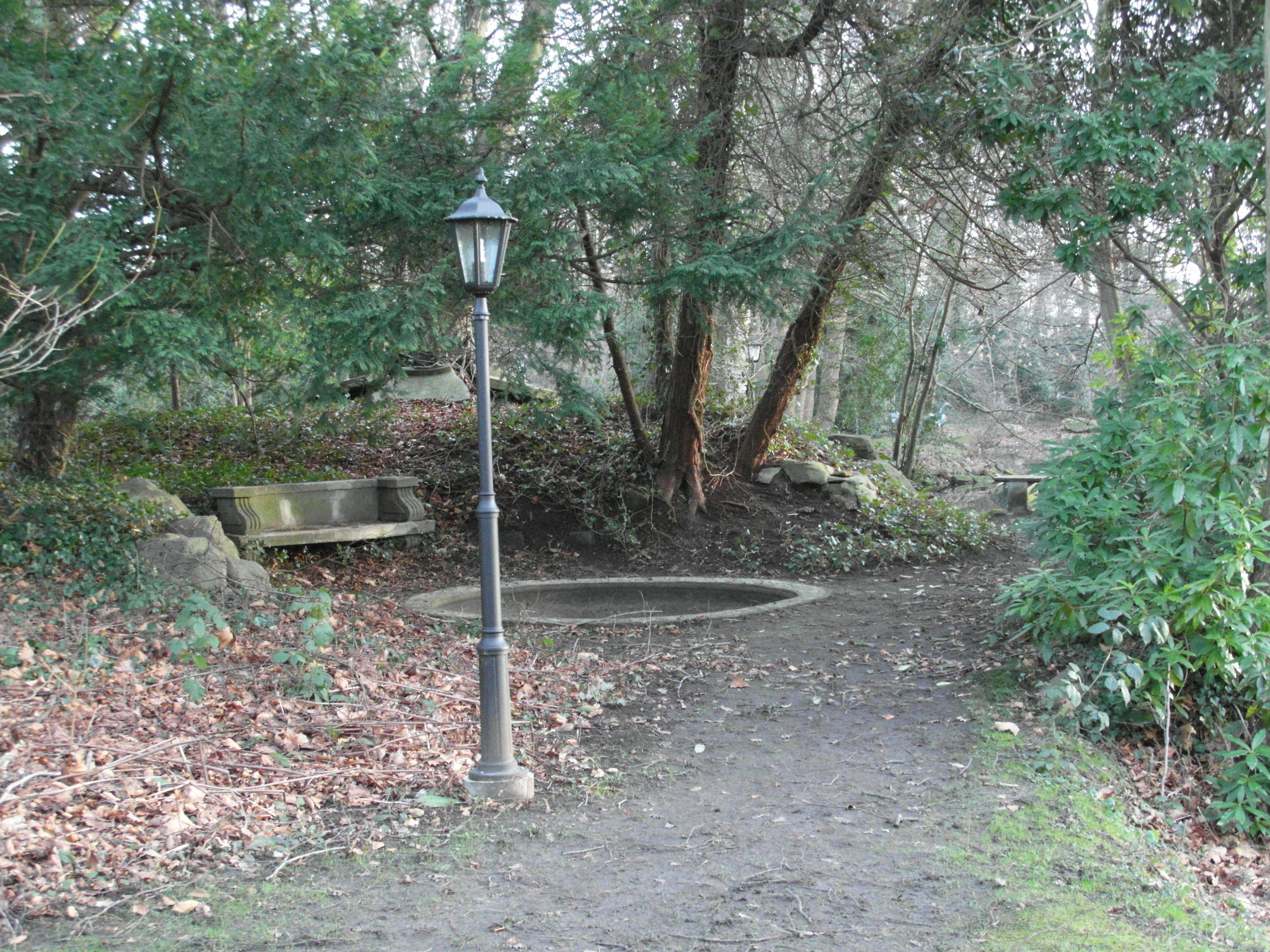 Thieles garten bank laterne becken weg b ume - Garten und landschaftsbau bremerhaven ...