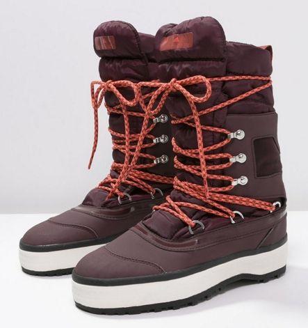 adidas by Stella McCartney NANGATOR 2 Śniegowce pomegranate/clove/black · PomegranateStella  MccartneyCowboy BootWinter ...