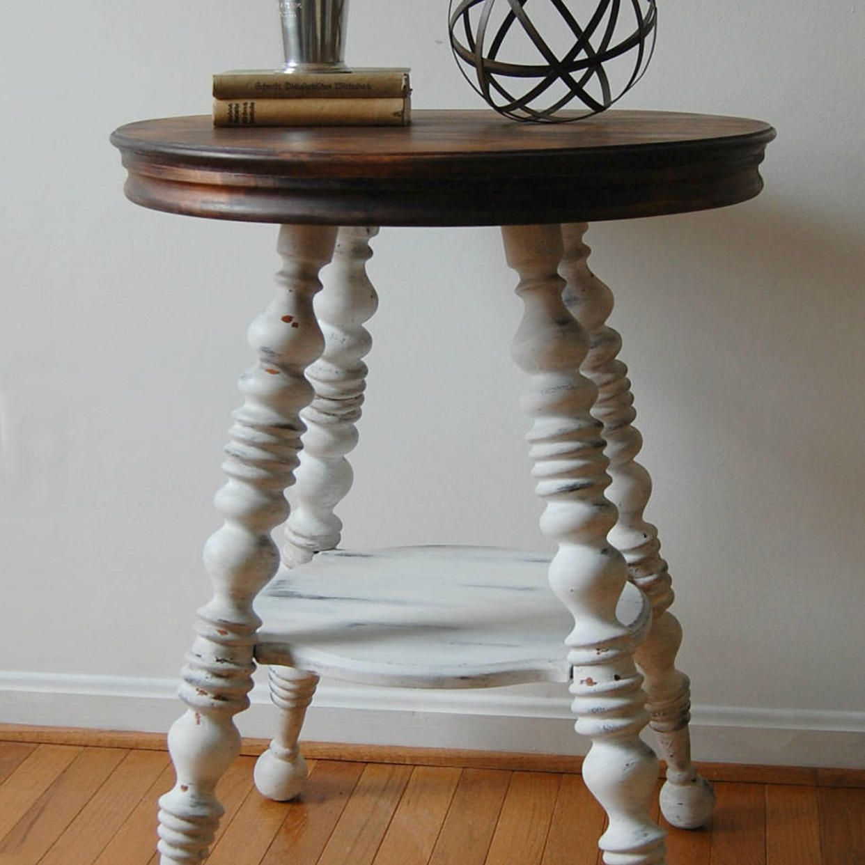 Round Table With Spindle Legs Piano Stool Table Painted White With Stained Top White Accent Table F Vintage Side Table Diy Side Table Side Table Makeover