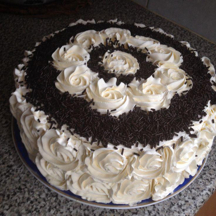 Chocolate Chip Fresh Cream Cake Cake Decorating Cake Cream Cake