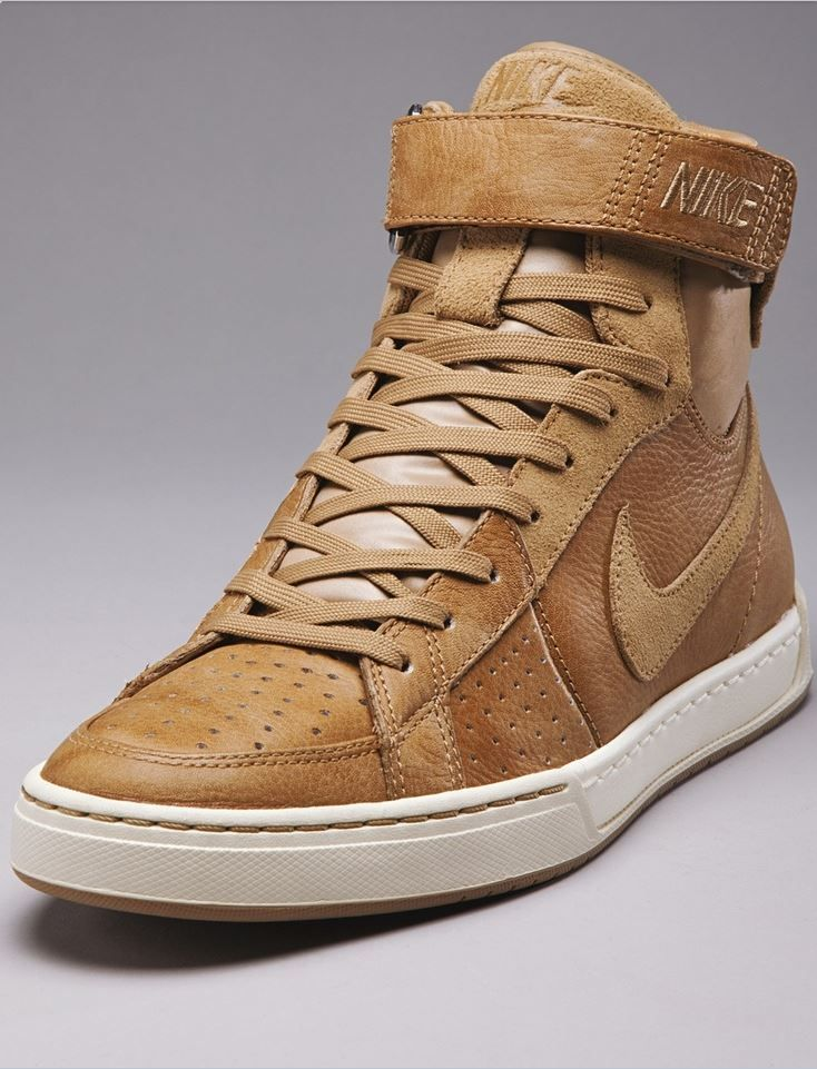 new styles 2dfd6 e22b2 Nike Air Fly-top