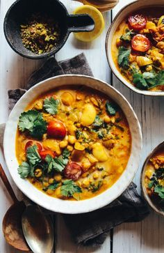 Spicy Bean, Lentil & Spinach Soup #spinachsoup