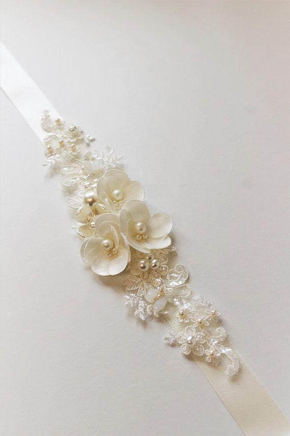 Ivory Bridal Sash Bridal belt Wedding dress belt sash Tiny Flower Pearl Wedding sash belt Wedding Accessories Bridal accessories