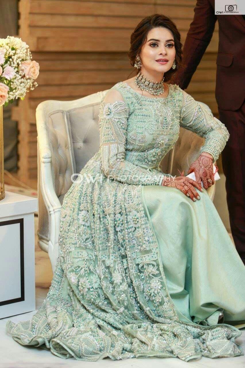 walima pakistani maxi dresses for weddings