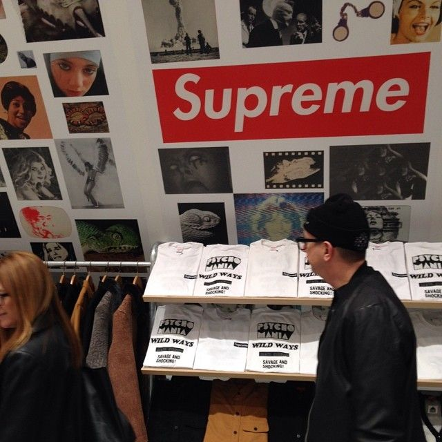 Checking out Dover Street Market NY! #DSMNY #friendsandfamilypreview #supreme
