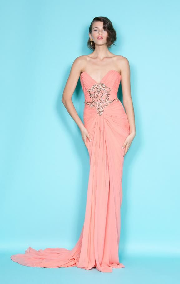 Prom dresses for a pear shaped body