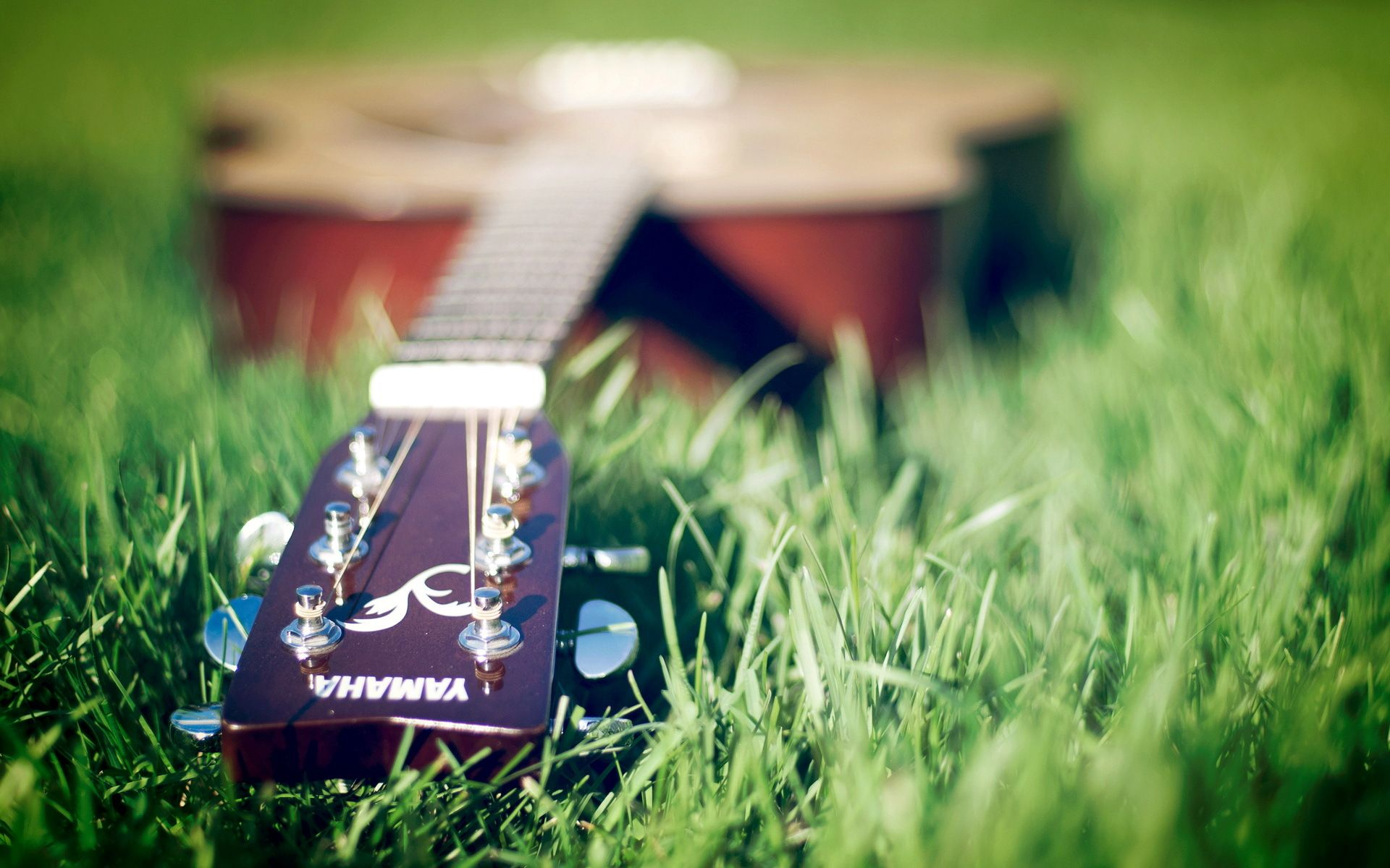 Yamaha acoustic guitar wallpaper