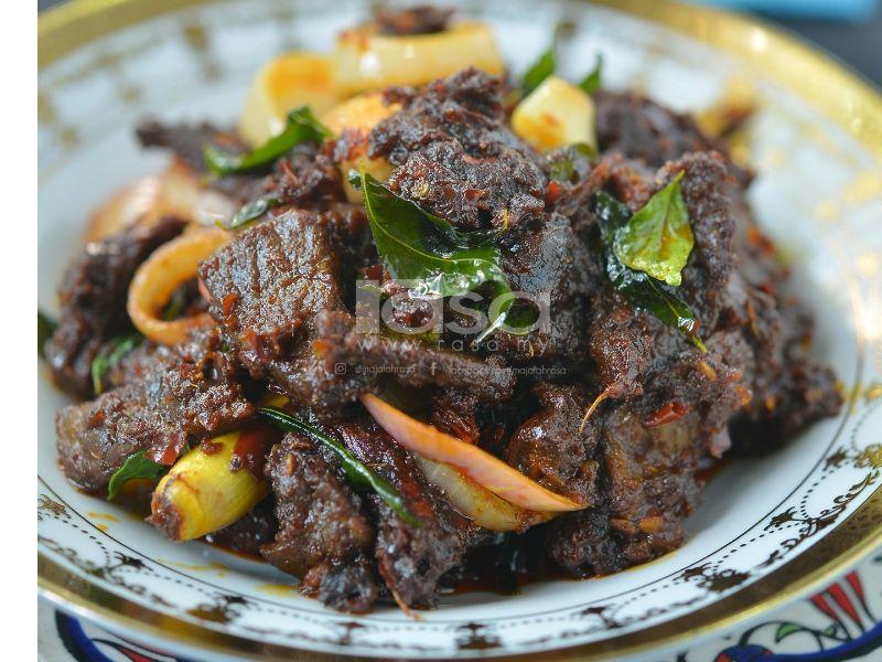 Daging Palembang Menu Terbaik Dari Datin Seri Qustina Malaysian Cuisine Malaysian Food Food