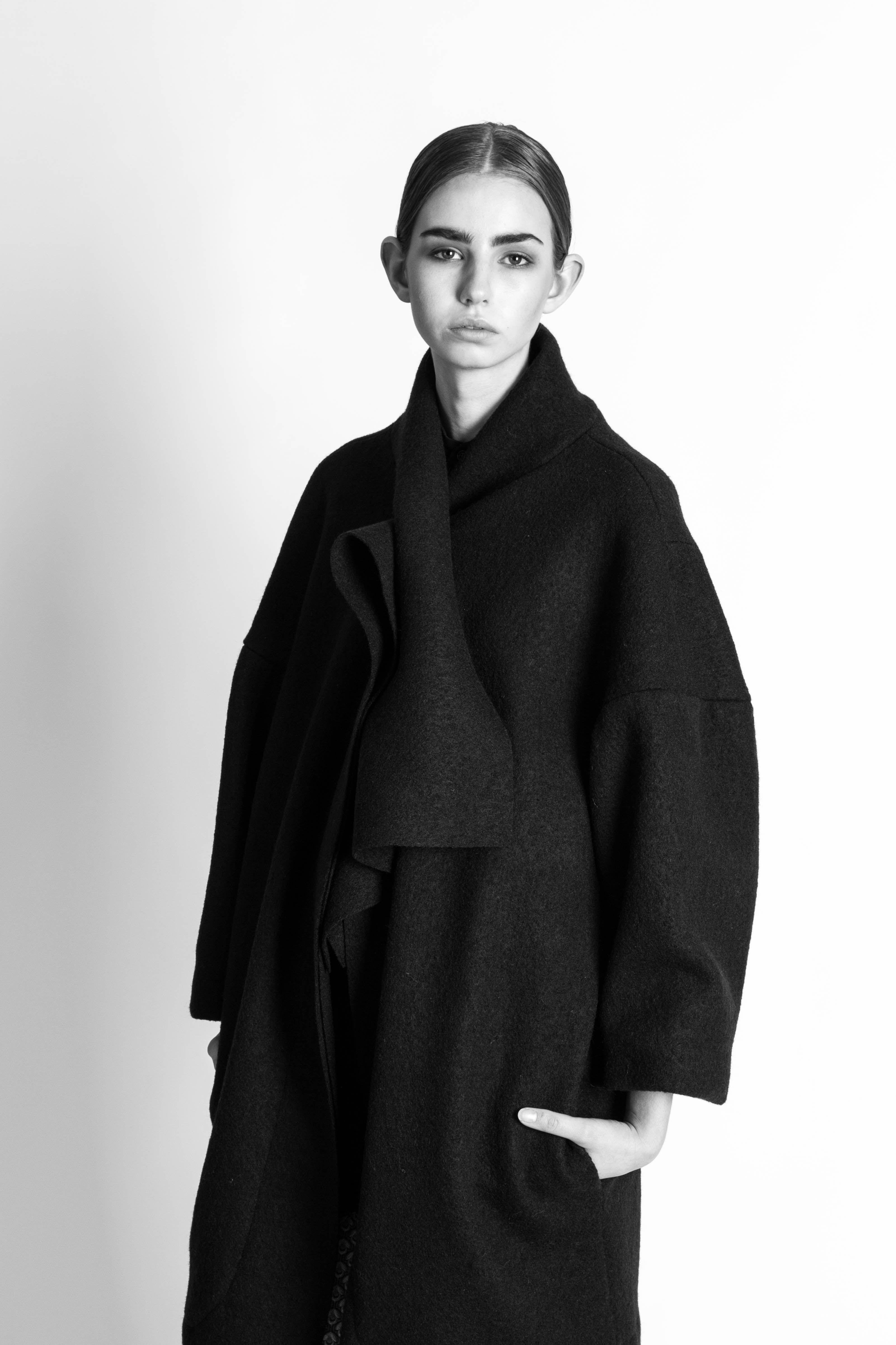 VIBE JOHANSSON AUTUMN/WINTER 2016 #vibejohansson #aw16 #autumnwinter #paris #copenhagen #pfw #parisfashionweek #followthe buyers #nordicstyle #avantgarde #fashion #blackallblack #blackandwhite #black #photography #jacobtopmøller  Photo: Jacob Top Møller