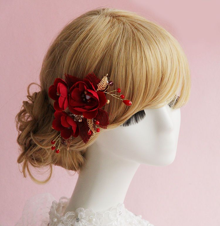 http://www.yesstyle.com/en/constello-flower-hair-clip-red-one-size/info.html/pid.1049973192