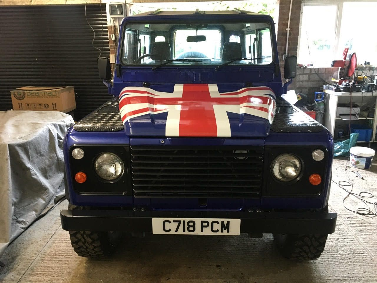 Custom union jack vinyl bonnet wrap on land rover