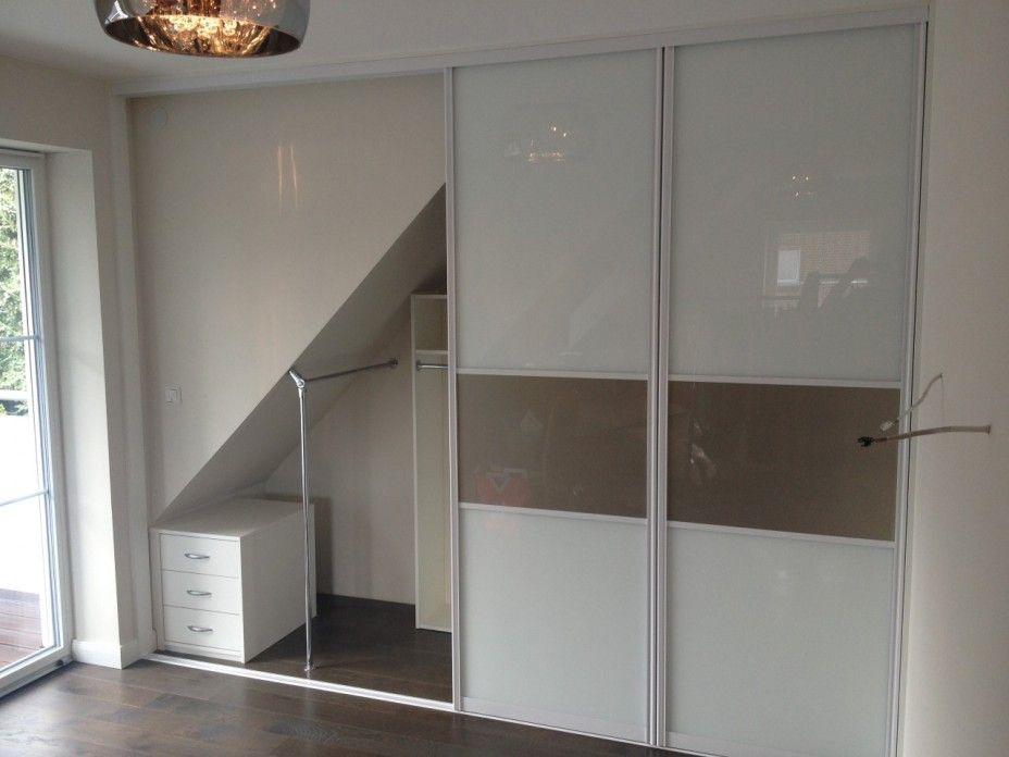 Nischen-Schrank im Schlafzimmer mit Schiebettüren in Altona ...