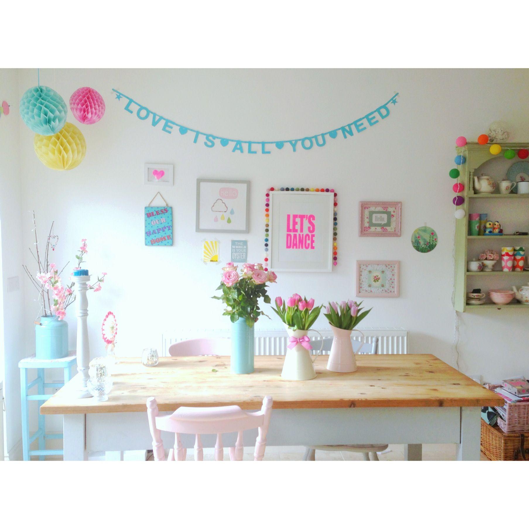 Hahka Happy Cottage Kitchen: Cocina Comedor, Casas