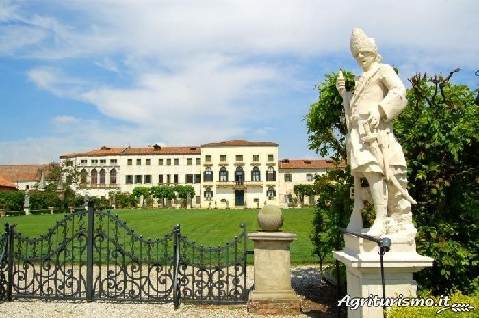 Visit the page of the agriturismo Dominio di Bagnoli ...