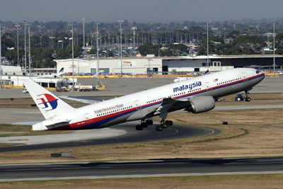 Malaysia Airlines (Boeing 777) Flight MH370 Crash into the Sea ...