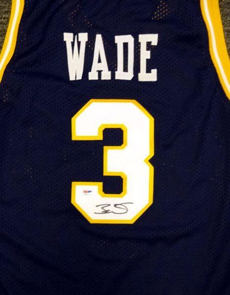 more photos 2fbd6 b00ea Dwyane Wade Autographed Marquette Golden Eagles Blue Jersey ...
