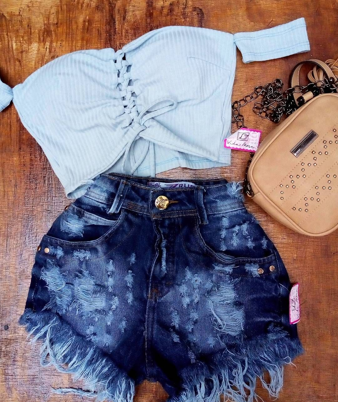d4fe6b75a Único✨R$35,00 Short Jeans ✨Tam.36✨R$59,99 Bolsa ✨r$49,98 Nossa nova coleção  Tá um luxo de moça tá esperando o quê para adquirir esses looks deuses das  ...