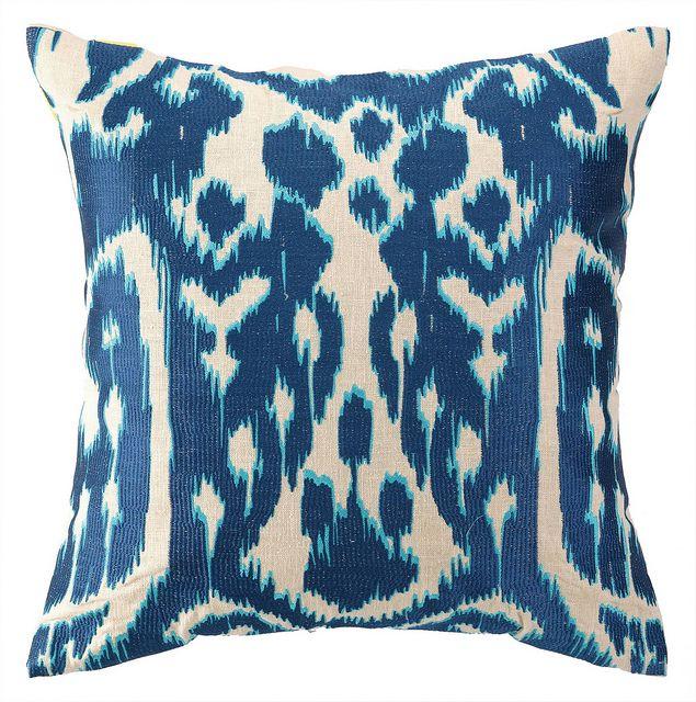 Blue Ikat Pillow In 2020 Pillows Blue Pillows Designer Pillow
