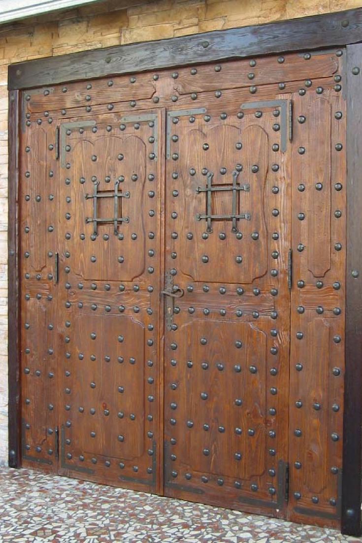 Puertas de madera antiguas trabajo madera puertas de for Puertas interiores antiguas madera