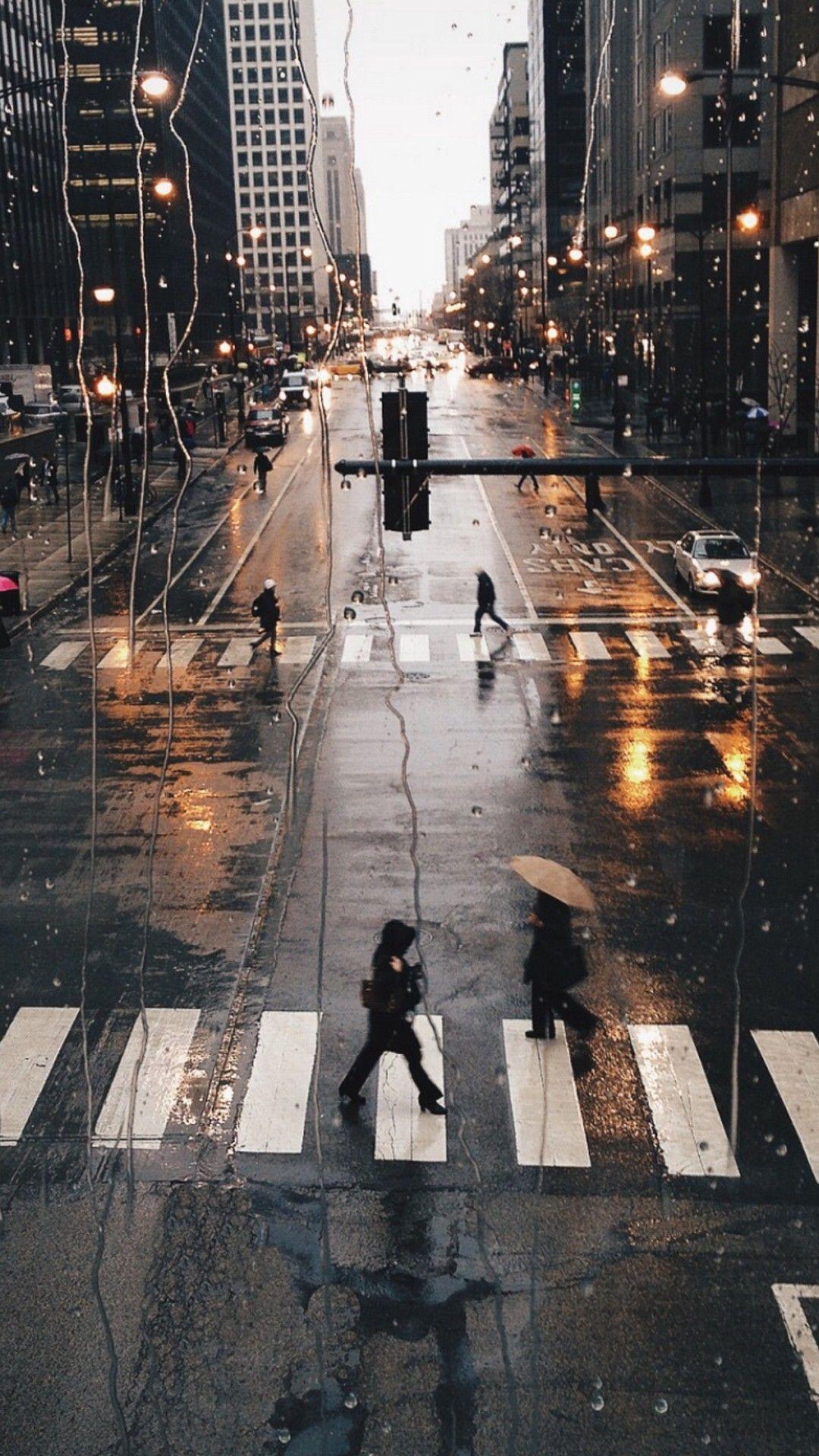 Rainy City iPhone 6 Wallpaper   iPhoneWallpapers   Iphone wallpaper, Photography, Rainy city