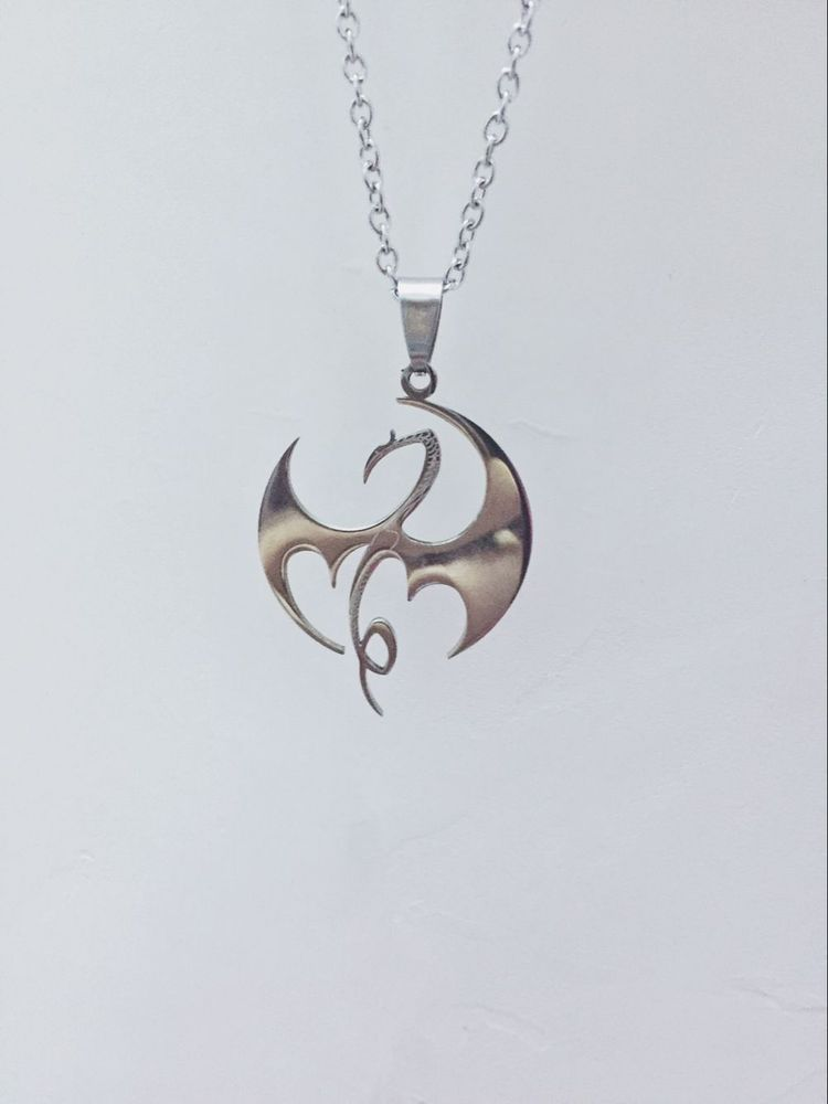 Iron Fist Necklace The Defenders Dragon Pattern Necklace Jewelry Watches Men S Jewelry Chains Necklaces Pendants Ebay
