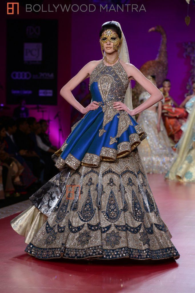 Ritu Berry Collection Inspired By Punjab S Culture Pcj Delhi Couture Week 2013 Delhi Couture Week Indian Fashion Designers Indian Dresses