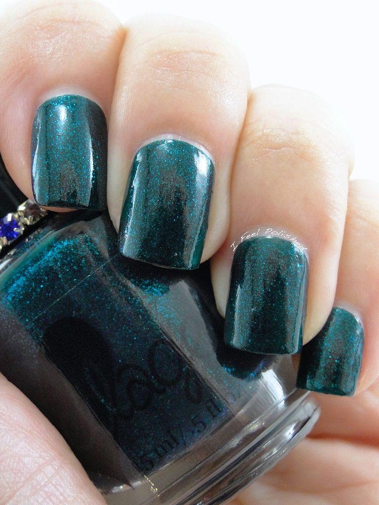 Sparkling gemstone-tourmaline