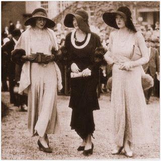 Peggyz Place: Vintage dresses 1920's to 1990's