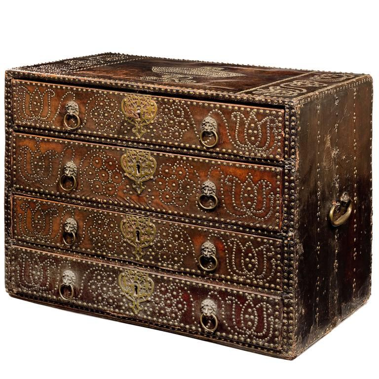 ... Linen Chest   From A Unique Collection Of Antique And Modern Blanket  Chests At Https://www.1stdibs.com/furniture /storage Case Pieces/blanket Chests/