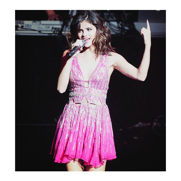 Last.fm ❤ liked on Polyvore featuring selena gomez