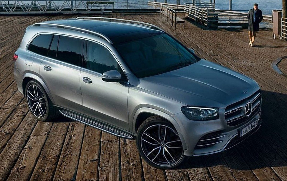2020 Mercedes Gls New Photos Of Full Size Suv Coming For Bmw X7 Carscoops Mercedes Benz Suv Benz Suv Bmw X7