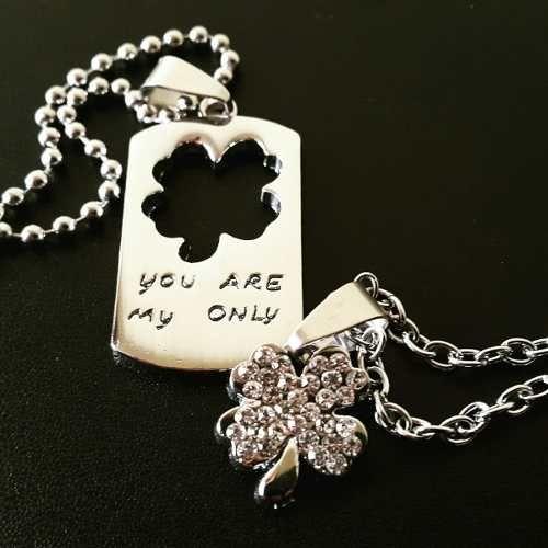 08940288be51 collar,dijes,trebol, separable parejas, enamorados.   collaresss ...