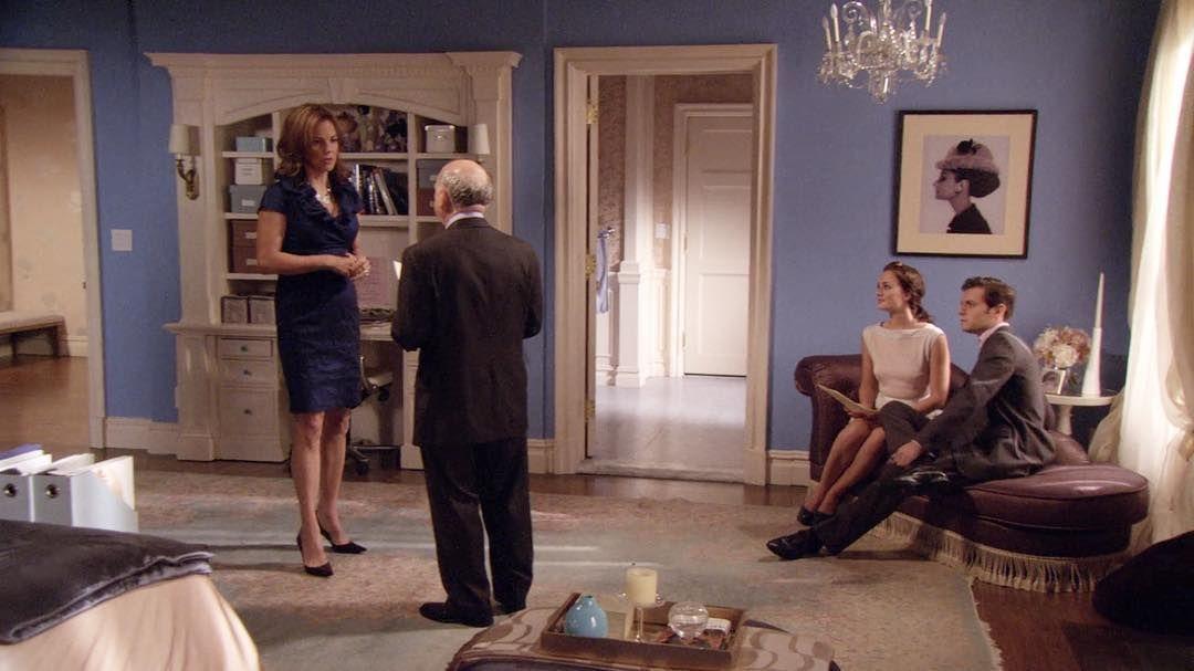 Blair Waldorf Style On Instagram Just Look At Her Room So Gorgeous Gossip Girl Bedroom Blair Waldorf Room Gossip Girl Decor